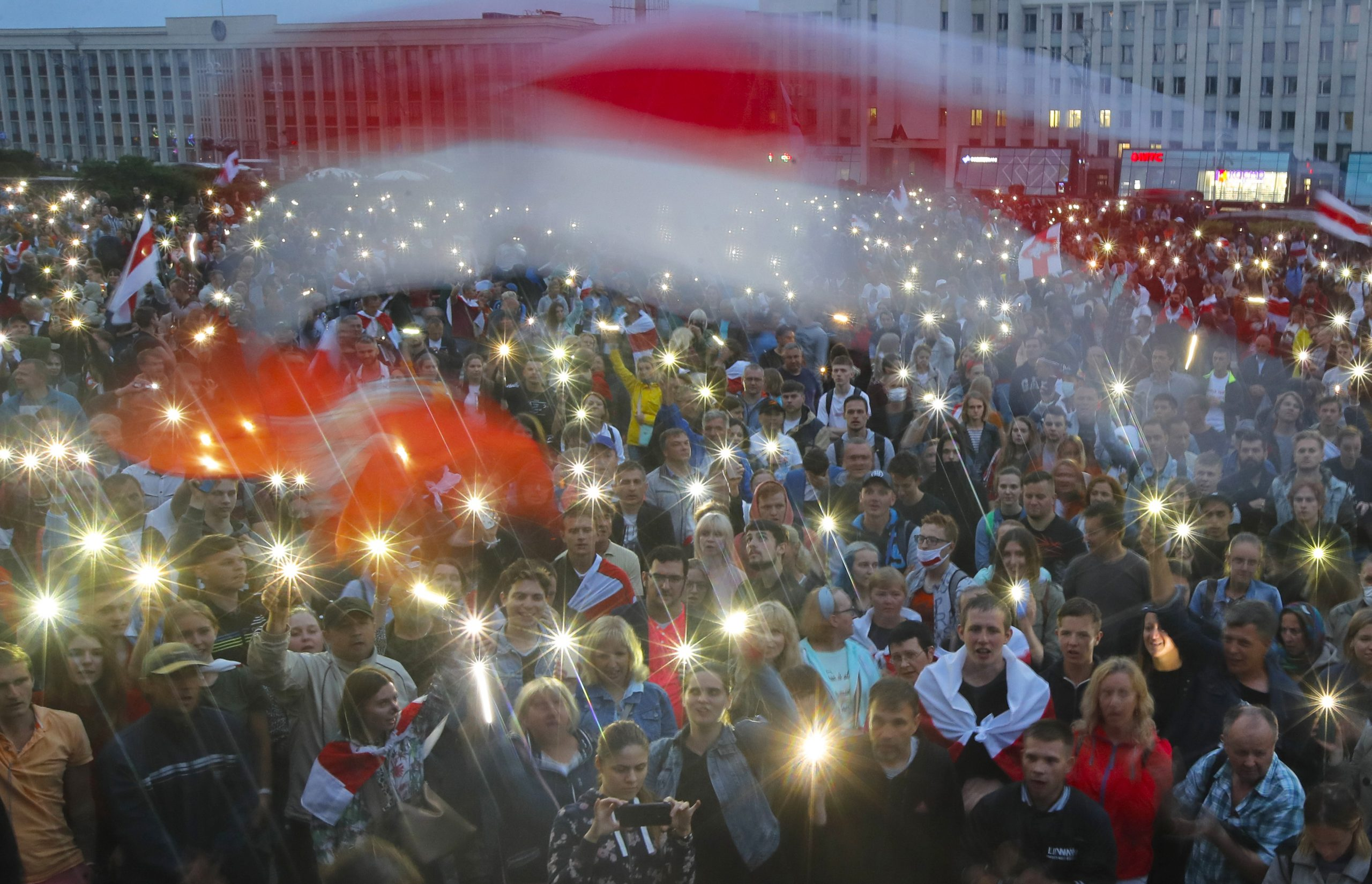 Belarus leader warns against New resolute action against protesters
