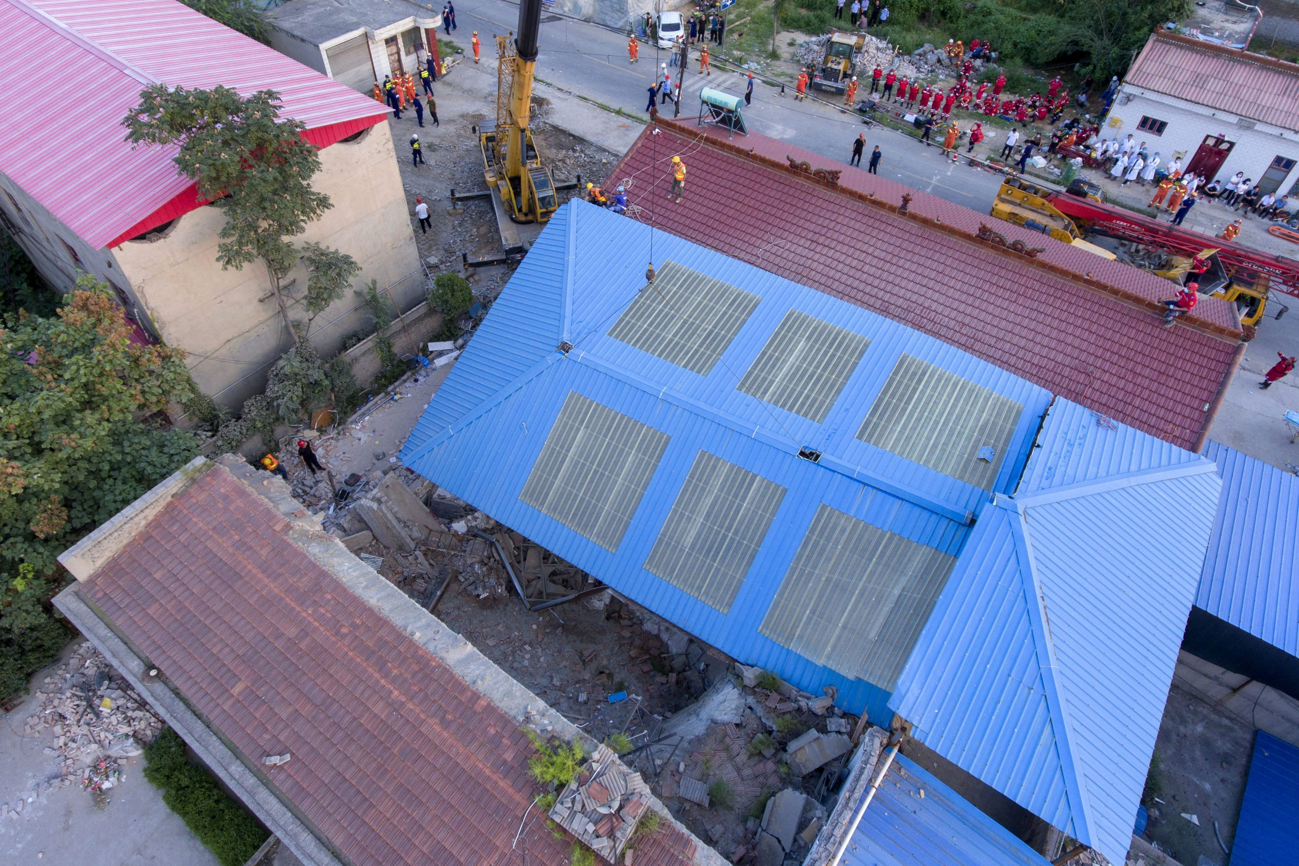 China Restaurant Collapses During the birthday party, killing 29 people