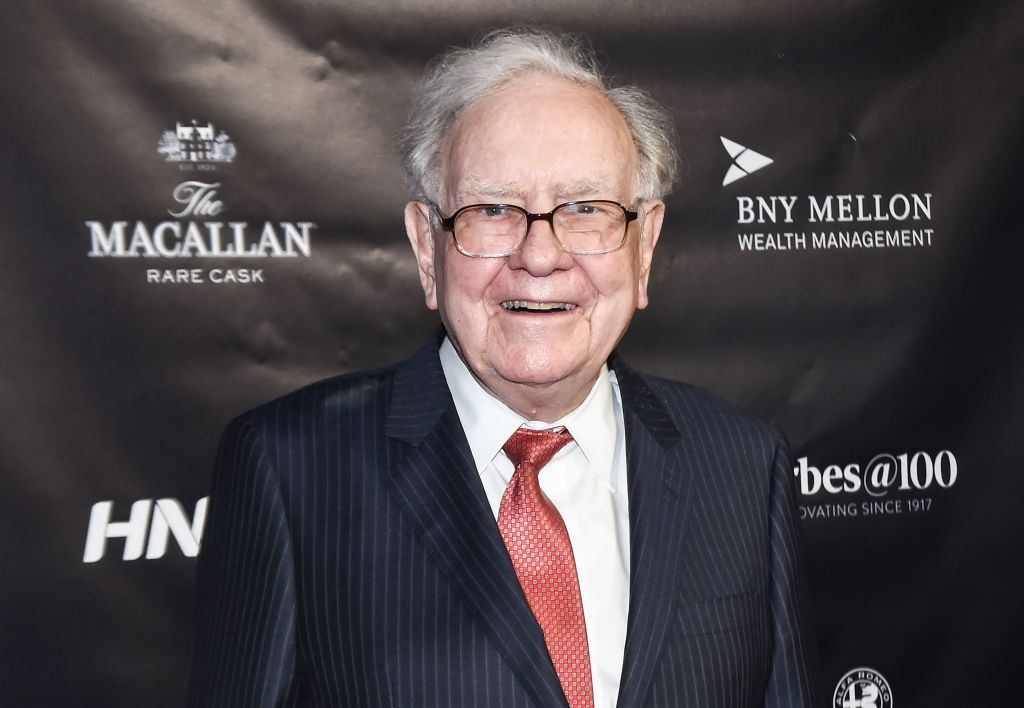 Warren Buffett is selling his newspaper empire After complaining industry, Toast '