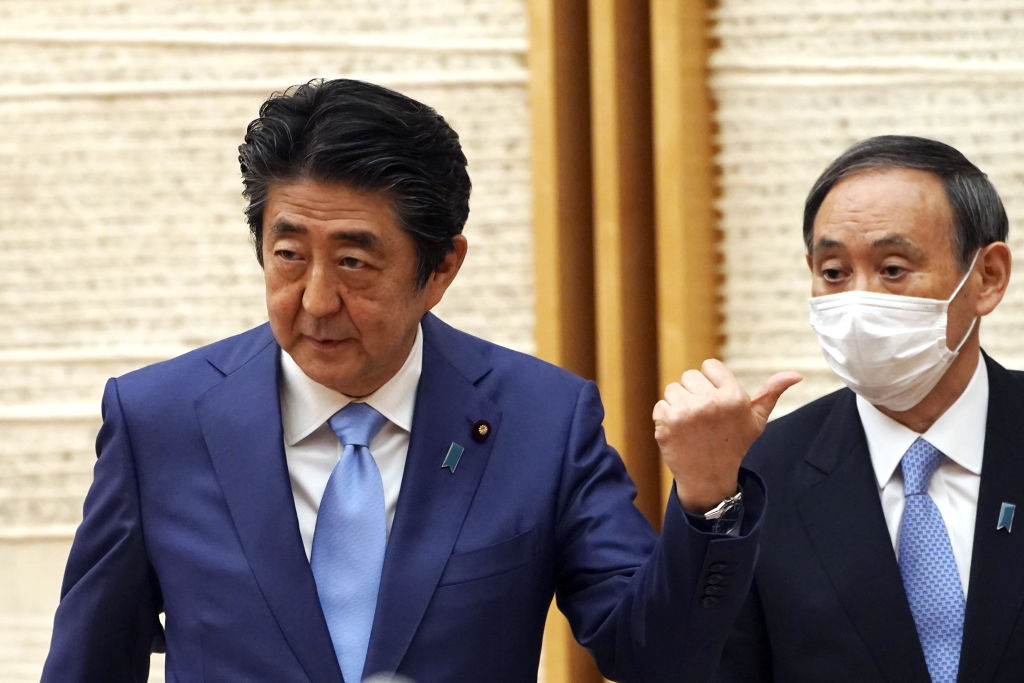 Yoshihide Suga When Shinzo Abe as prime minister success. What's new for Japan?