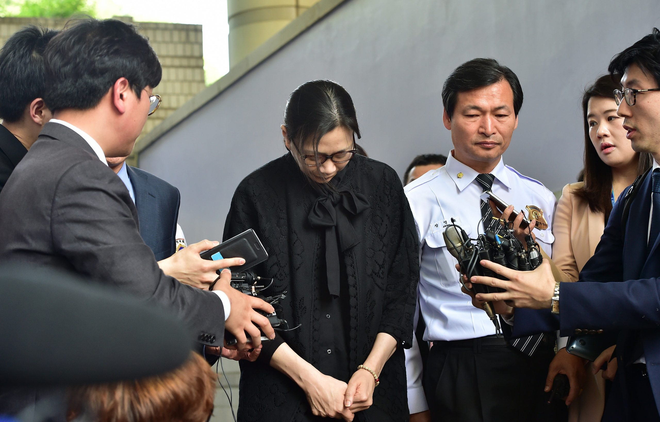 New scandal South Korea 'Nut Rage' Heiress Releases letter criticizing the administration of Family Business