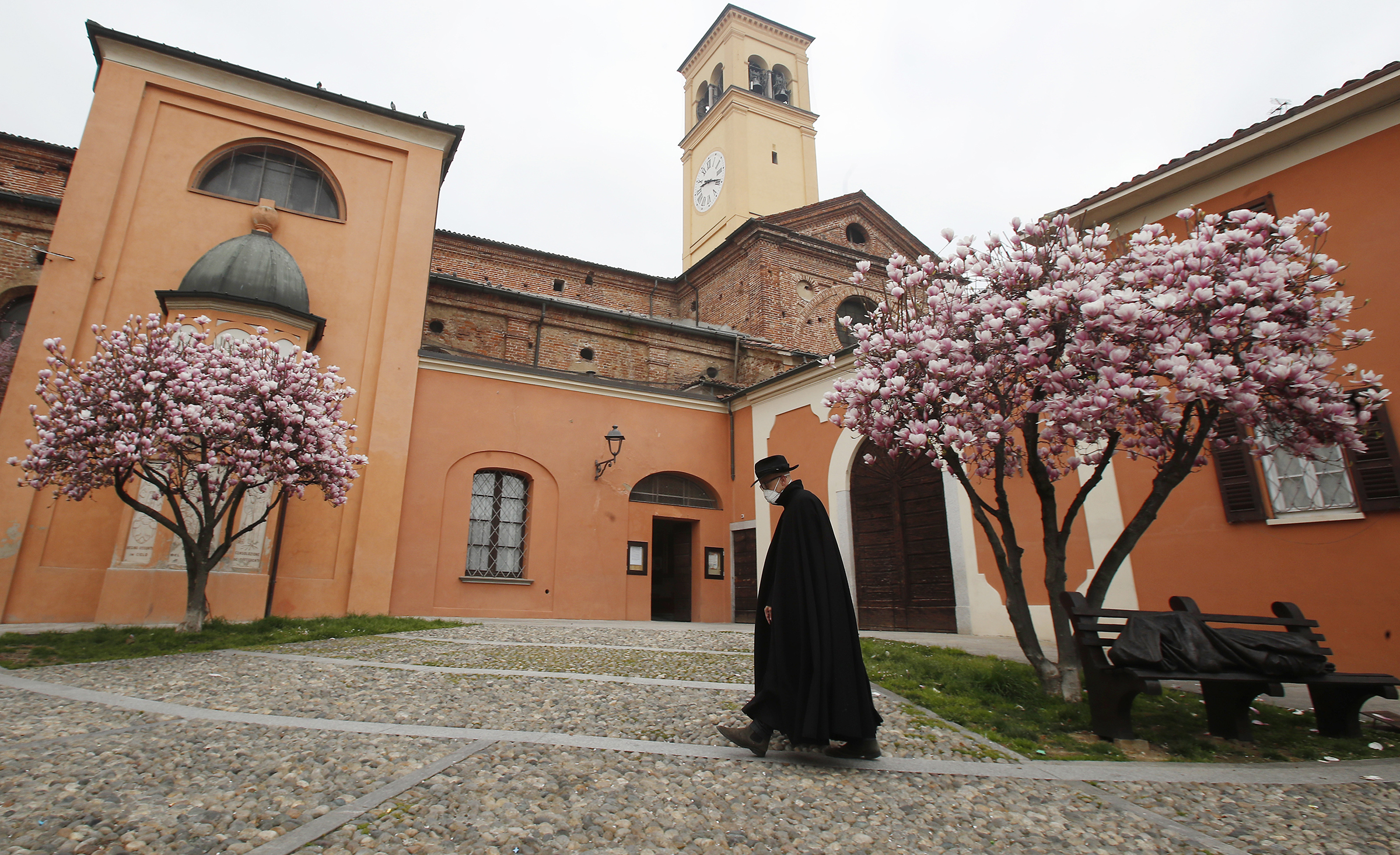 Italian Catholic priest finds new ways to lead worship at the block